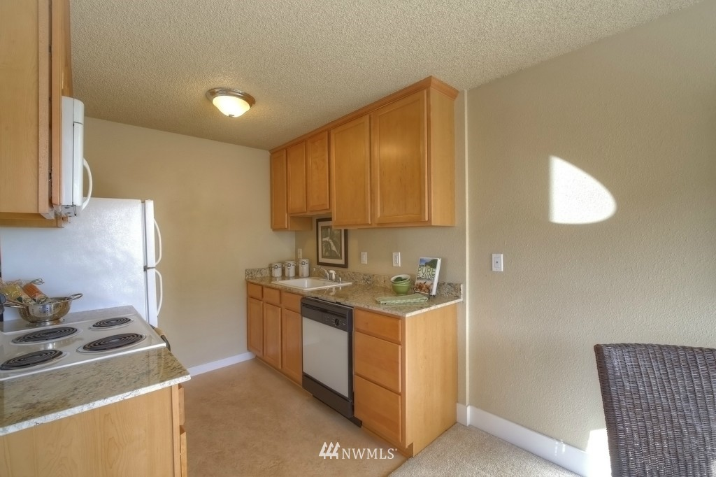 Sold Property | 6501 24th Avenue NW #202 Seattle, WA 98117 6