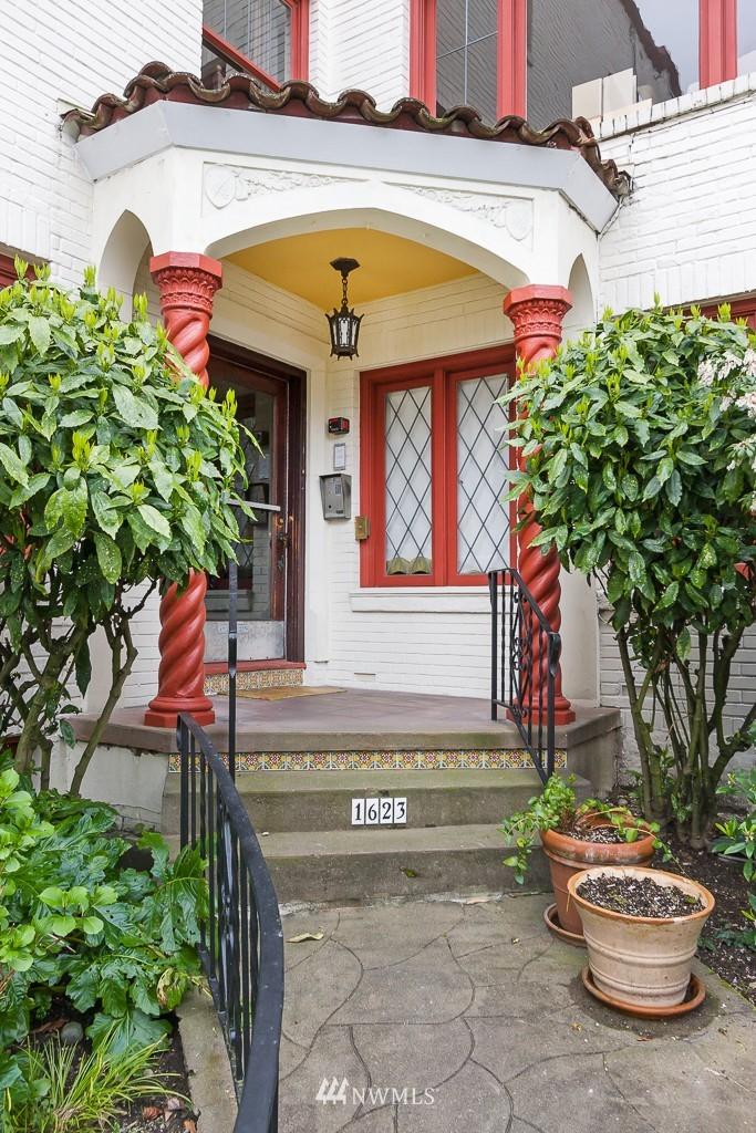 Sold Property | 1623 Taylor Avenue N #102 Seattle, WA 98109 0
