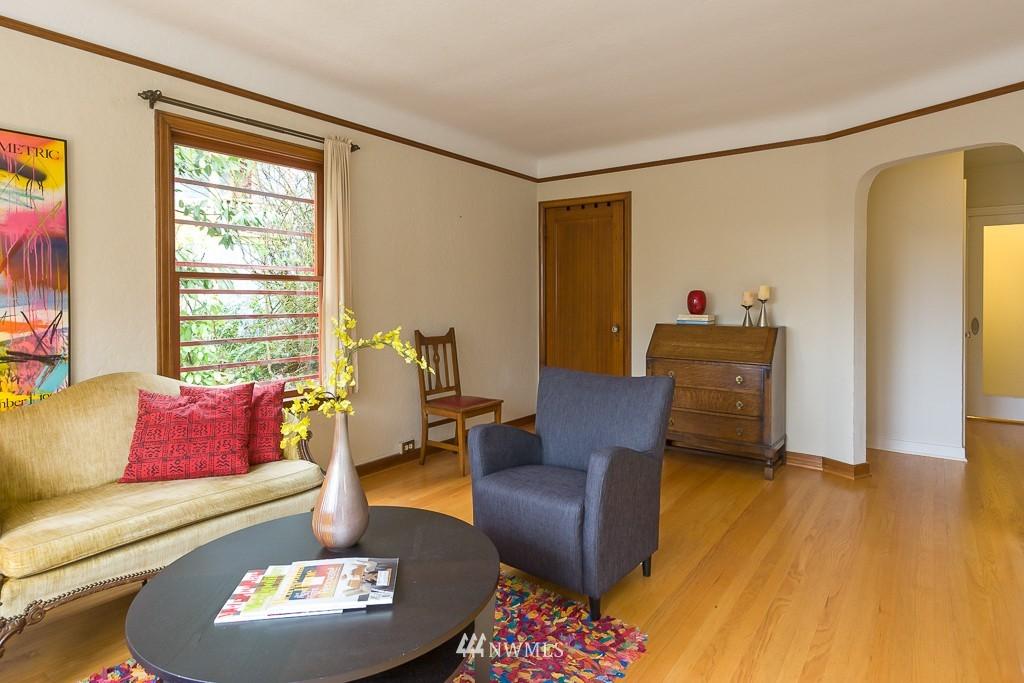 Sold Property | 1623 Taylor Avenue N #102 Seattle, WA 98109 6
