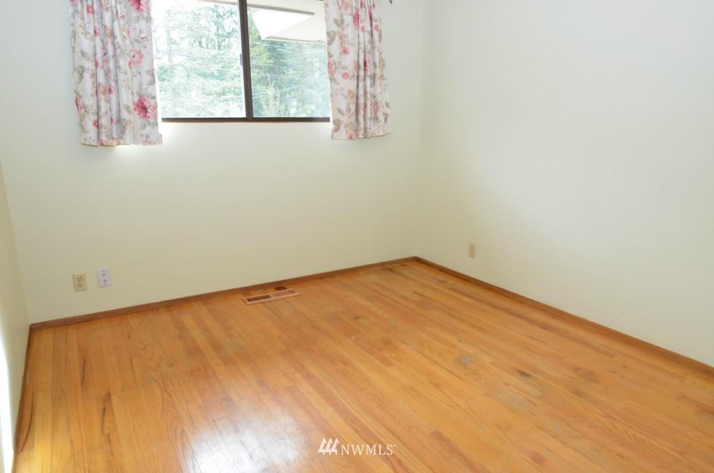 Sold Property | 14001 20th Avenue NE Seattle, WA 98125 6