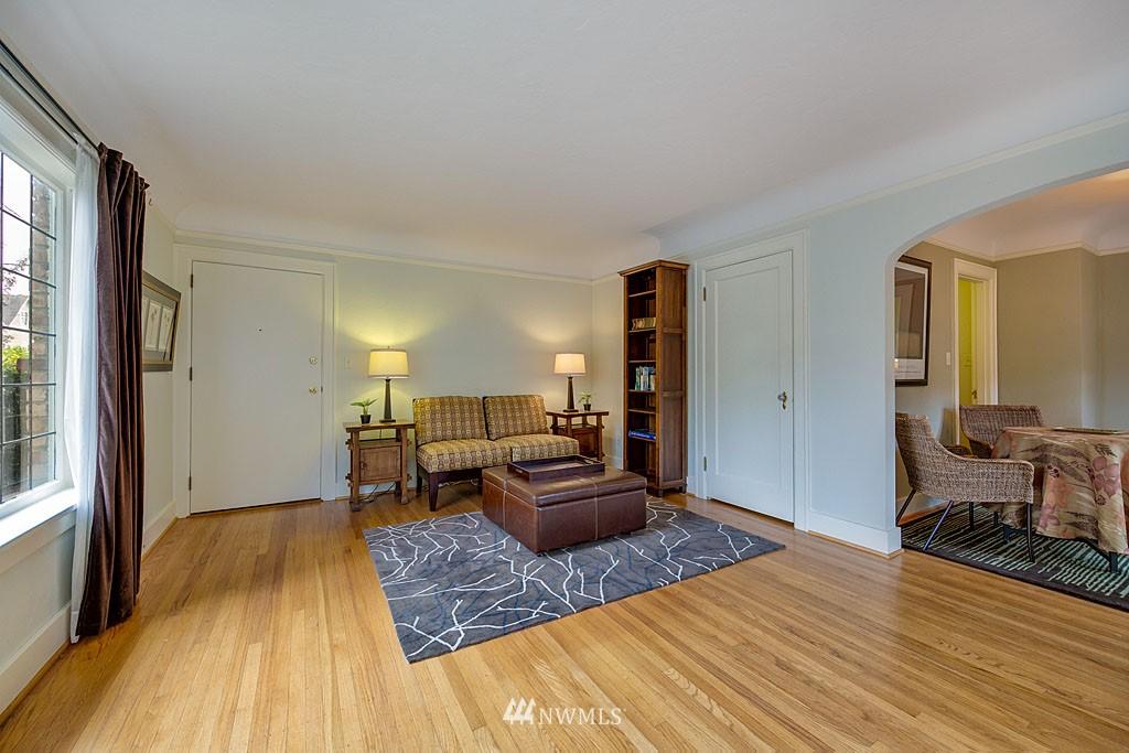 Sold Property | 4903 Linden Avenue N #1 Seattle, WA 98103 3