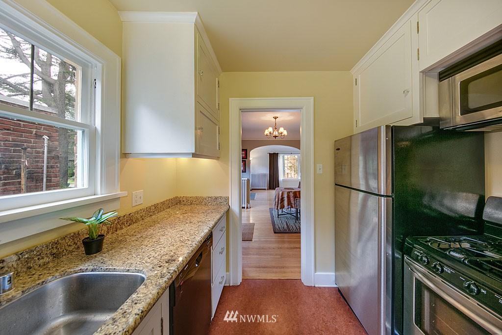 Sold Property | 4903 Linden Avenue N #1 Seattle, WA 98103 6