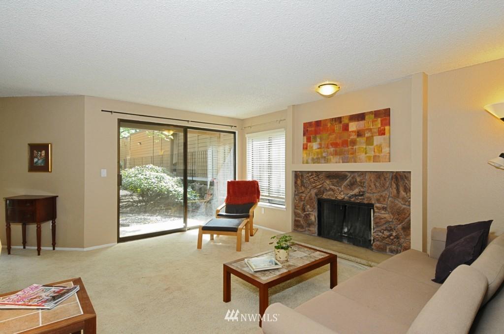 Sold Property   10545 Meridian Avenue N #2-105 Seattle, WA 98133 5