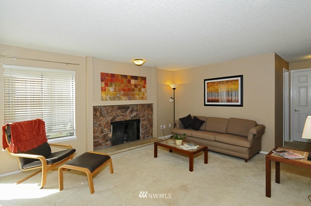 Sold Property   10545 Meridian Avenue N #2-105 Seattle, WA 98133 6