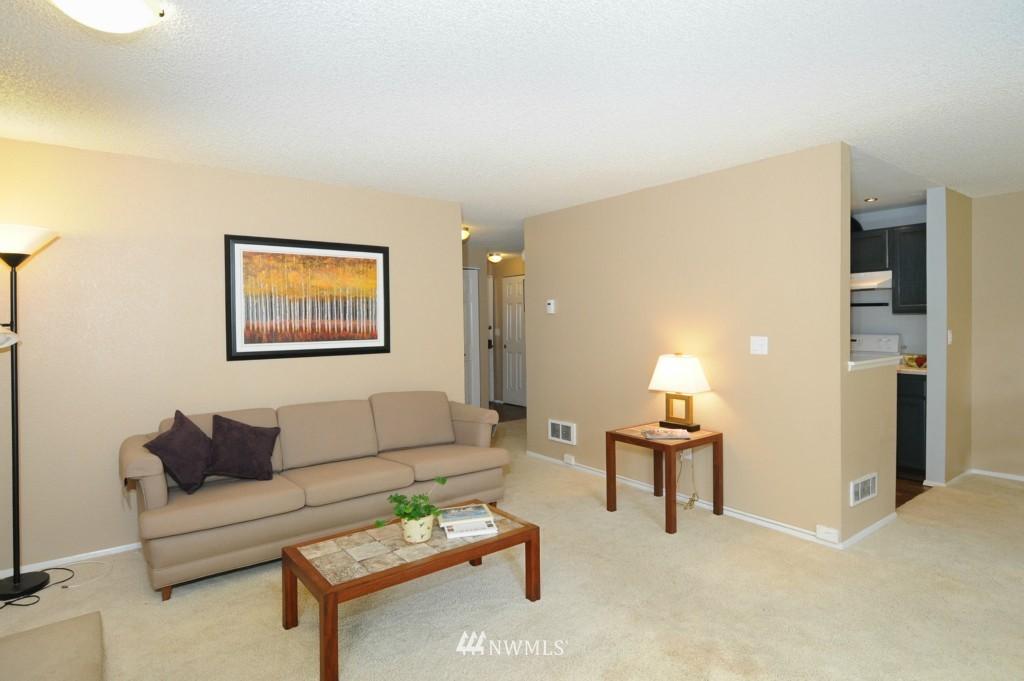 Sold Property   10545 Meridian Avenue N #2-105 Seattle, WA 98133 7