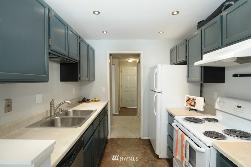 Sold Property   10545 Meridian Avenue N #2-105 Seattle, WA 98133 11