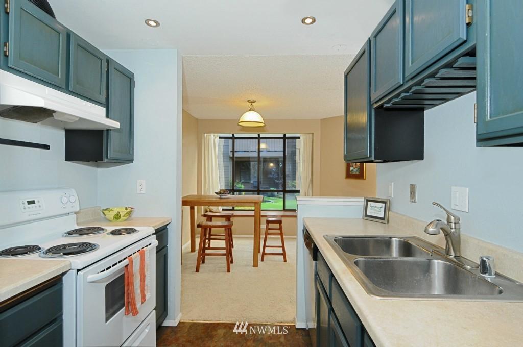 Sold Property   10545 Meridian Avenue N #2-105 Seattle, WA 98133 13