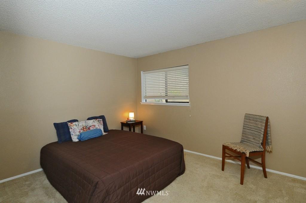 Sold Property   10545 Meridian Avenue N #2-105 Seattle, WA 98133 14