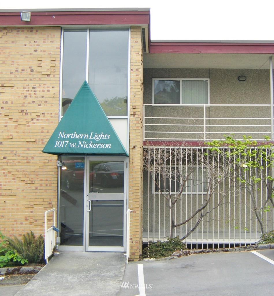 Sold Property | 1017 W Nickerson #24 Seattle, WA 98119 0