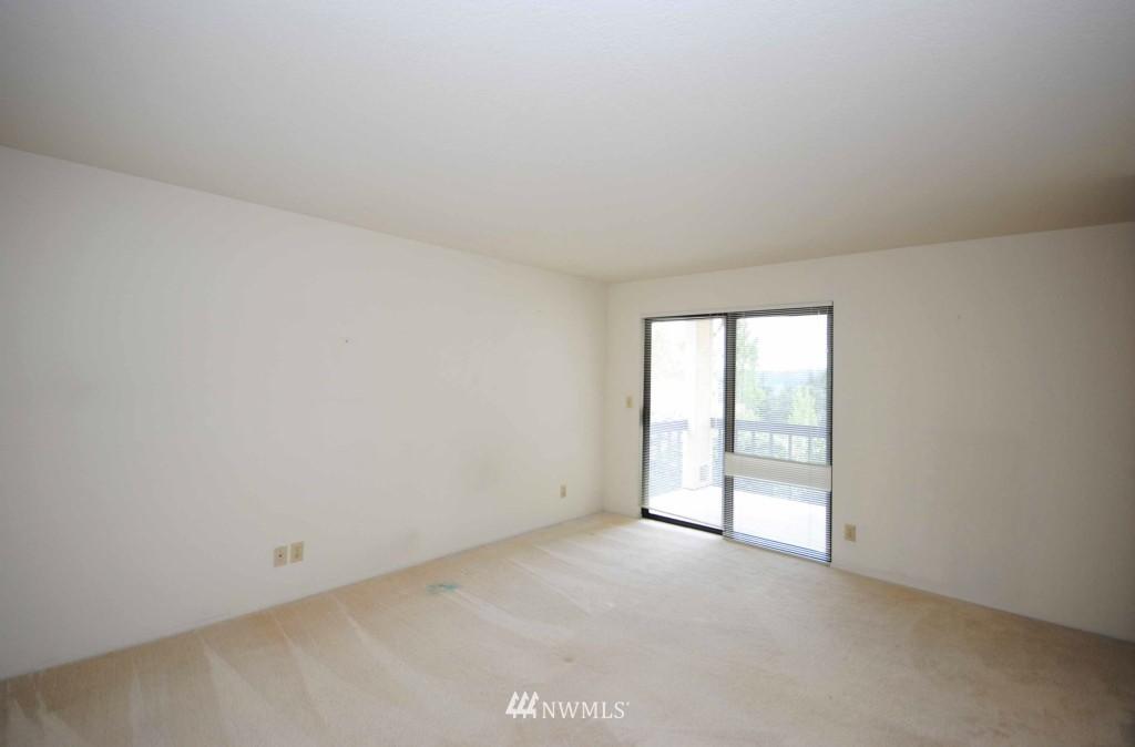 Sold Property | 17924 23rd Lane NE #G-201 Shoreline, WA 98155 7