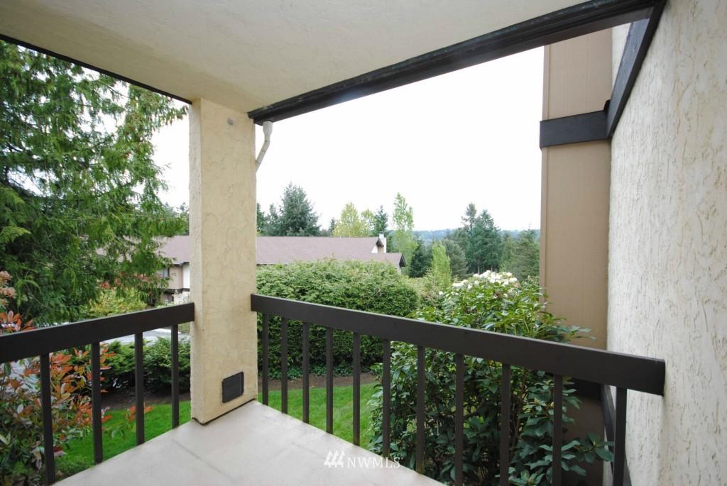 Sold Property | 17924 23rd Lane NE #G-201 Shoreline, WA 98155 10
