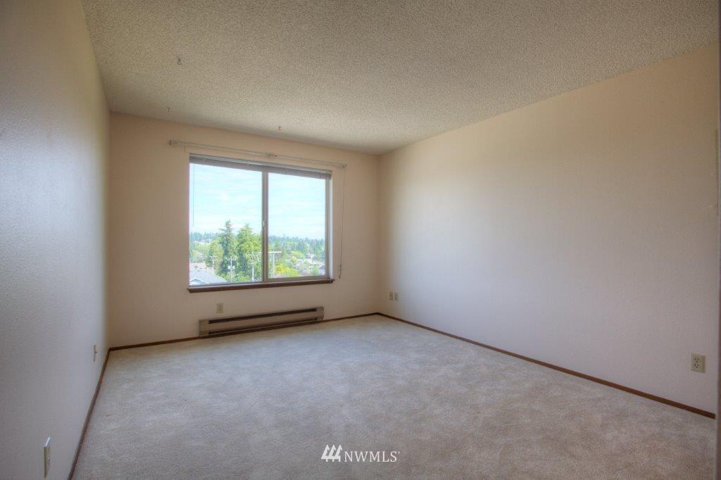 Sold Property | 3421 SW Roxbury Street #402 Seattle, WA 98126 7
