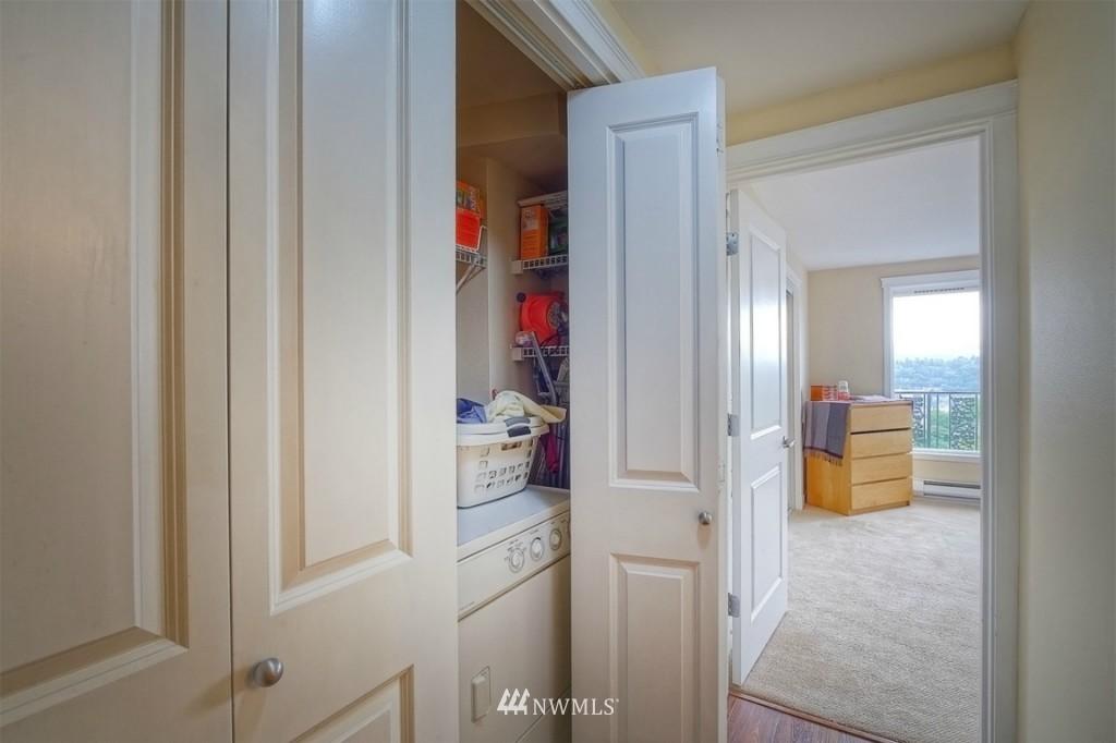 Sold Property | 1818 Bigelow Avenue N #303 Seattle, WA 98109 14