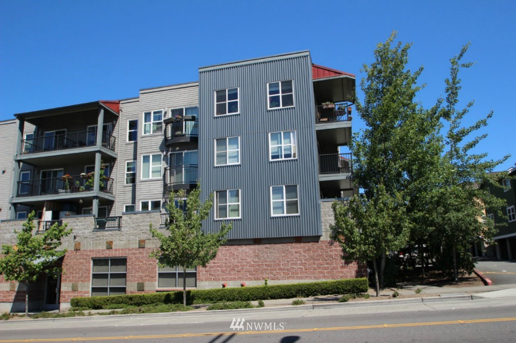 Sold Property | 600 N 85th Street #212 Seattle, WA 98103 24
