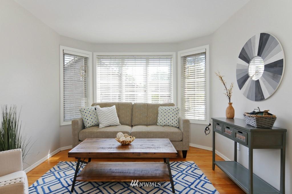 Sold Property   509 NE 65th Street #6337 Seattle, WA 98105 2