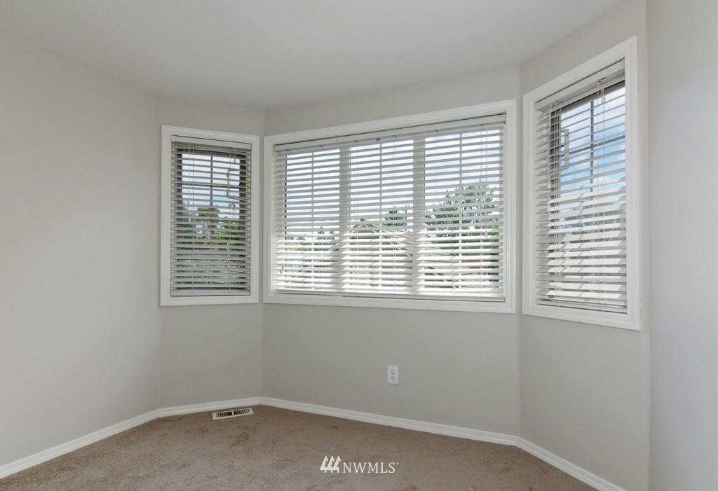 Sold Property   509 NE 65th Street #6337 Seattle, WA 98105 13