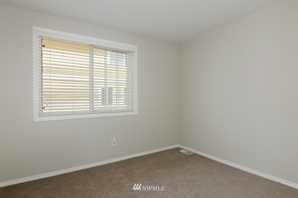 Sold Property   509 NE 65th Street #6337 Seattle, WA 98105 14