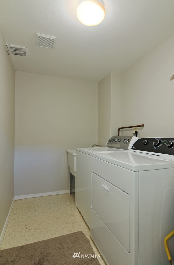 Sold Property   509 NE 65th Street #6337 Seattle, WA 98105 16