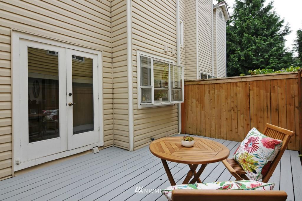 Sold Property   509 NE 65th Street #6337 Seattle, WA 98105 19