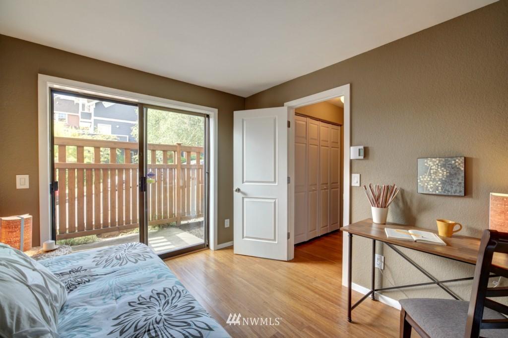 Sold Property | 202 25th Avenue E #D Seattle, WA 98112 15