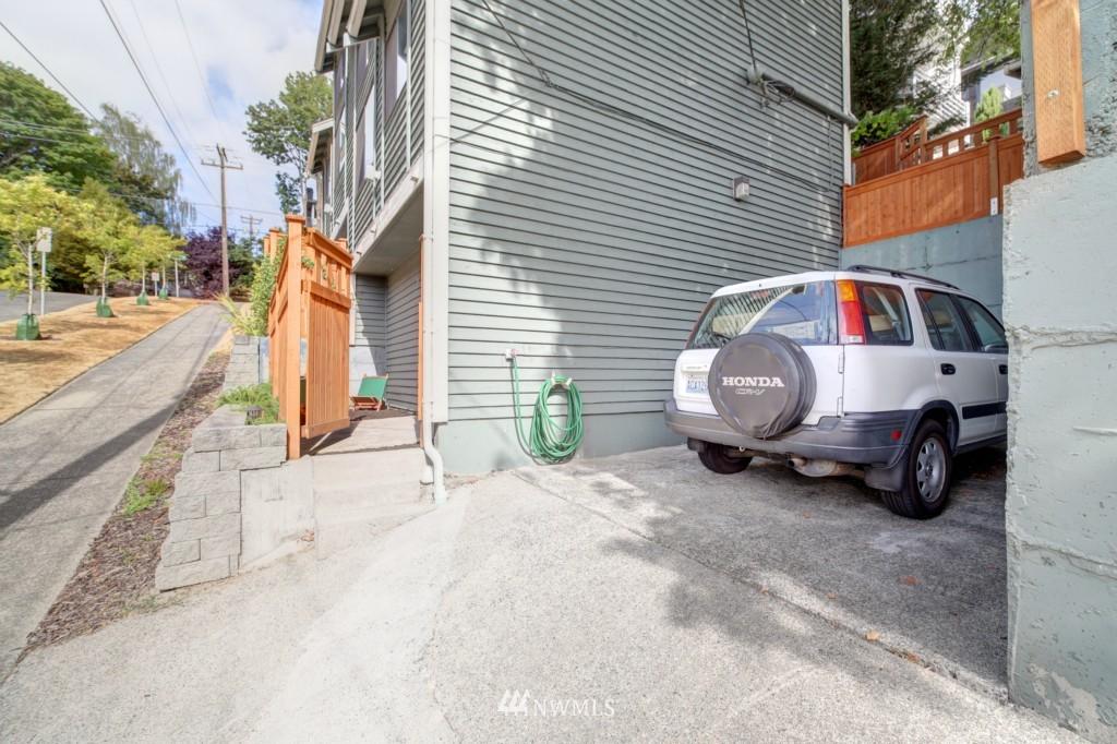 Sold Property | 202 25th Avenue E #D Seattle, WA 98112 22