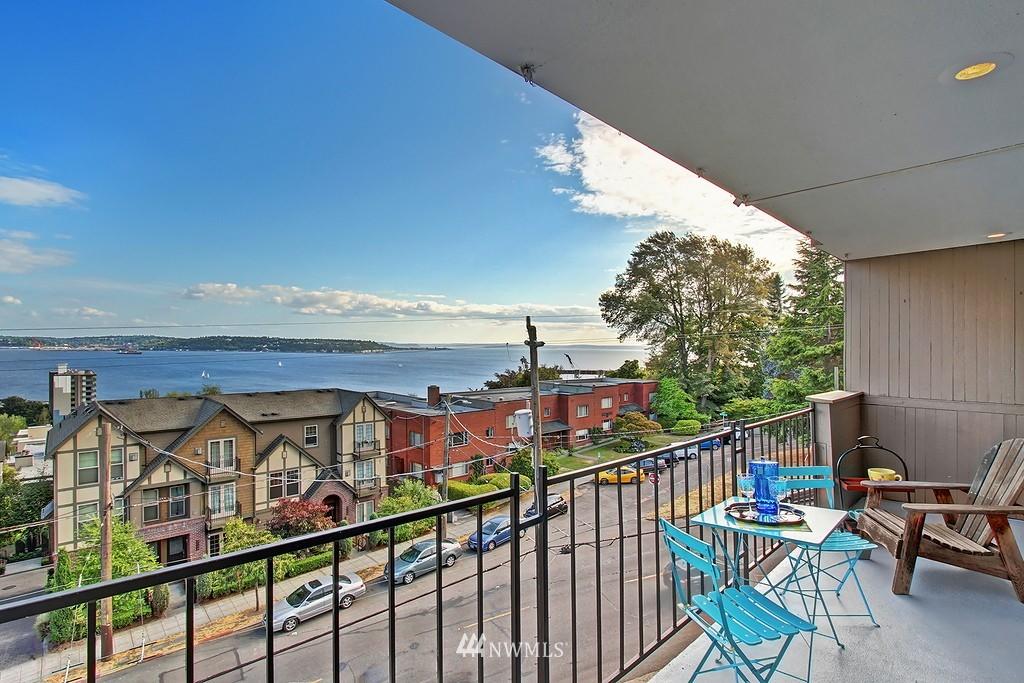Sold Property | 500 W Olympic Place #402 Seattle, WA 98119 1