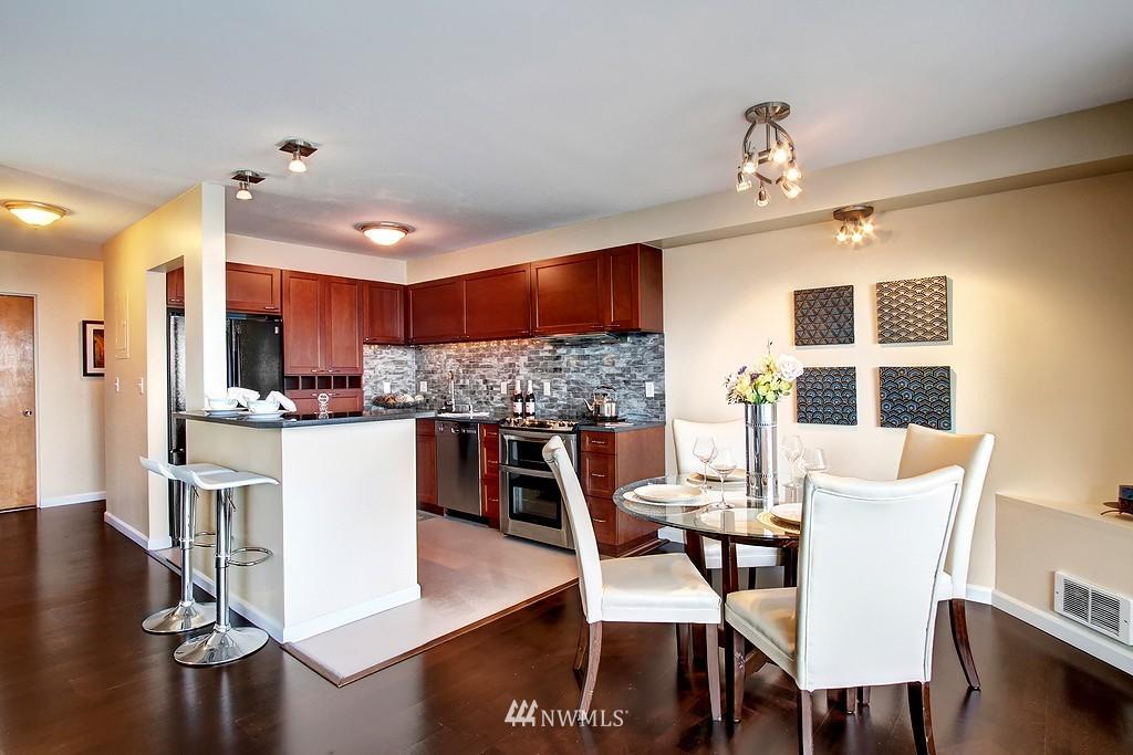 Sold Property | 500 W Olympic Place #402 Seattle, WA 98119 7