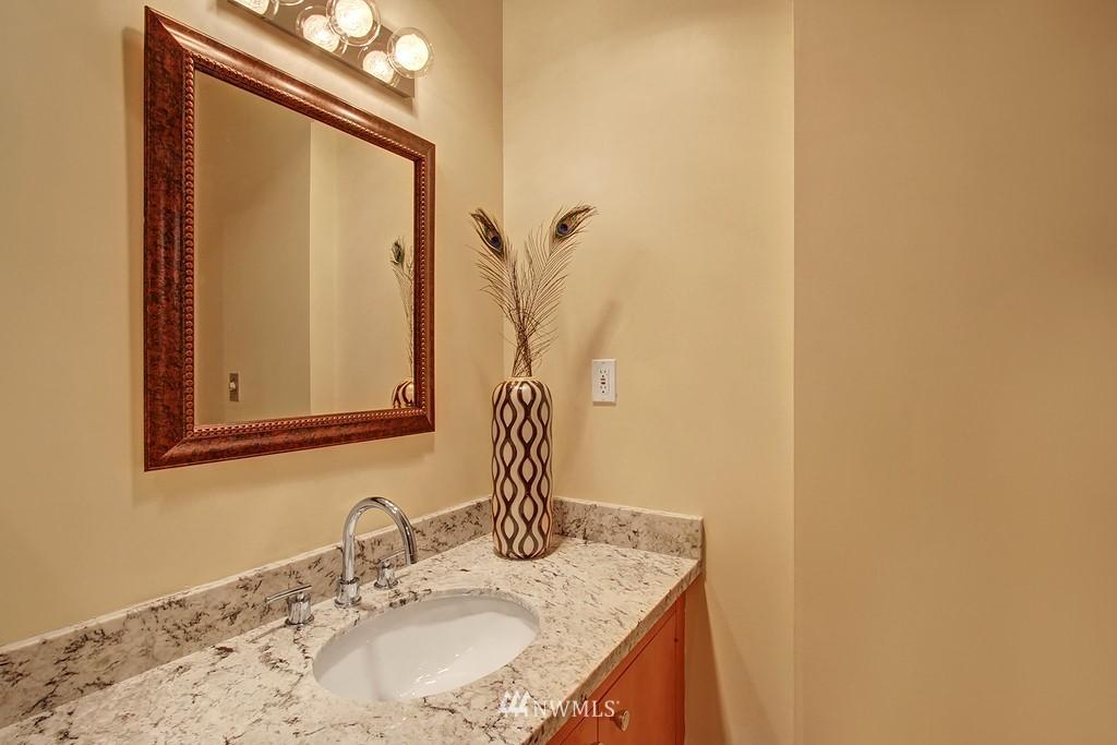 Sold Property | 500 W Olympic Place #402 Seattle, WA 98119 10
