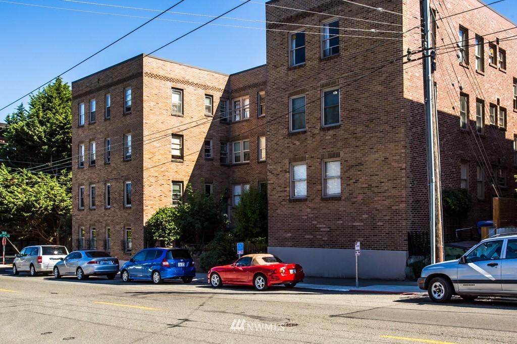 Sold Property | 1427 3rd Avenue W #9 Seattle, WA 98119 0