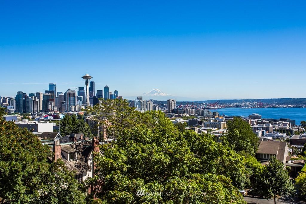 Sold Property | 1427 3rd Avenue W #9 Seattle, WA 98119 1