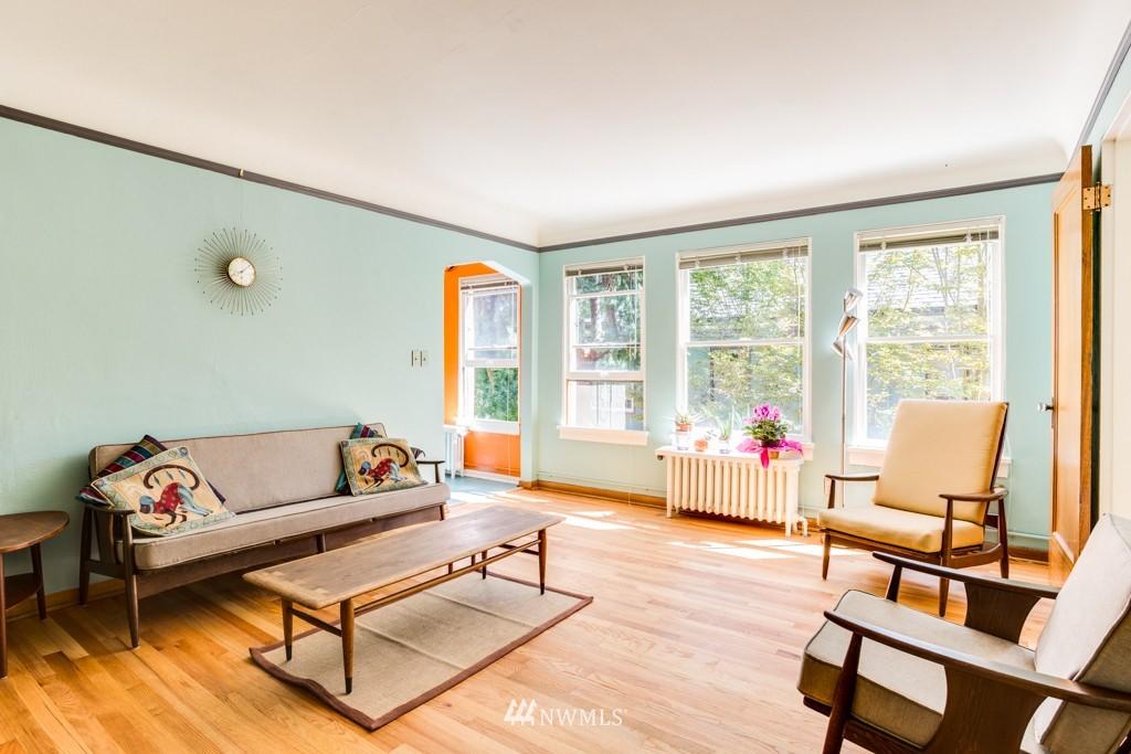 Sold Property | 1427 3rd Avenue W #9 Seattle, WA 98119 4