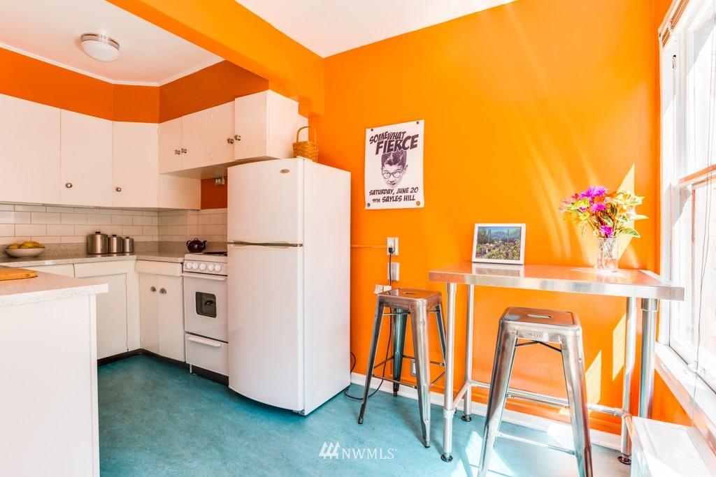 Sold Property | 1427 3rd Avenue W #9 Seattle, WA 98119 6