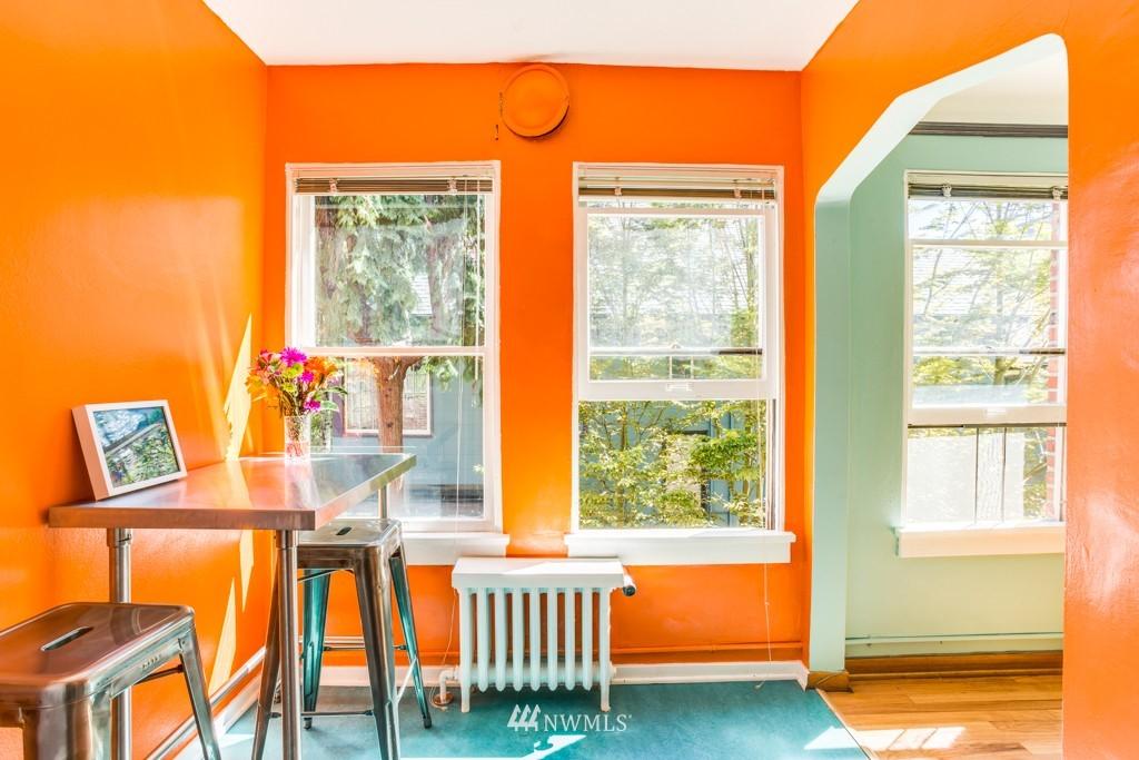 Sold Property | 1427 3rd Avenue W #9 Seattle, WA 98119 8