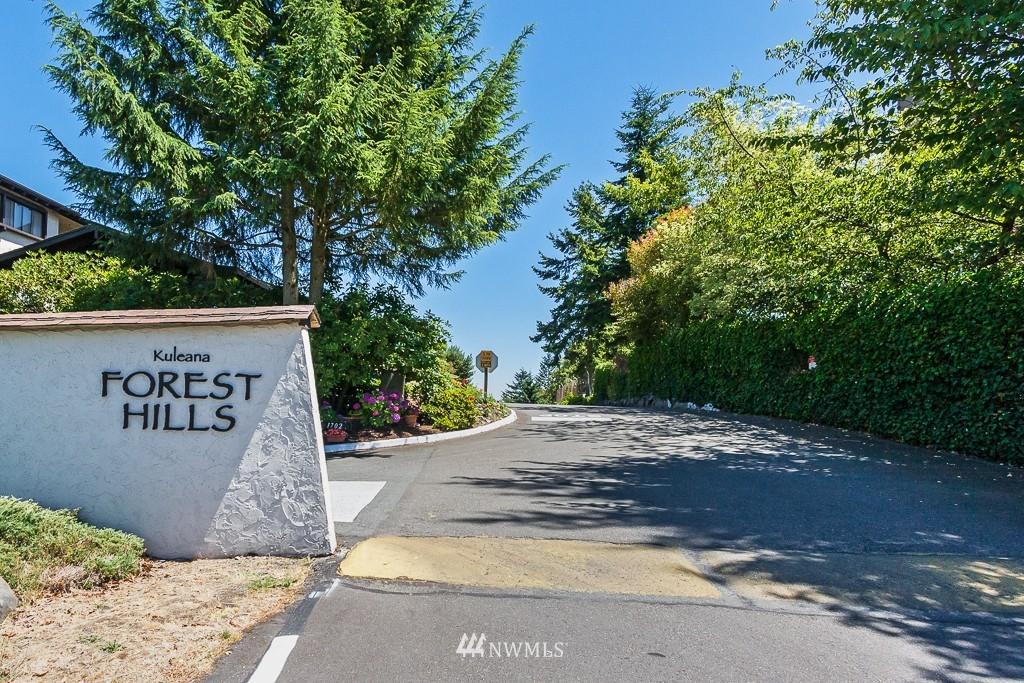 Sold Property | 1720 NE 179th Street #B-103 Shoreline, WA 98155 1