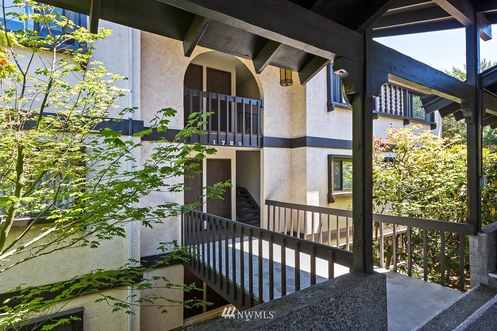 Sold Property | 1720 NE 179th Street #B-103 Shoreline, WA 98155 0