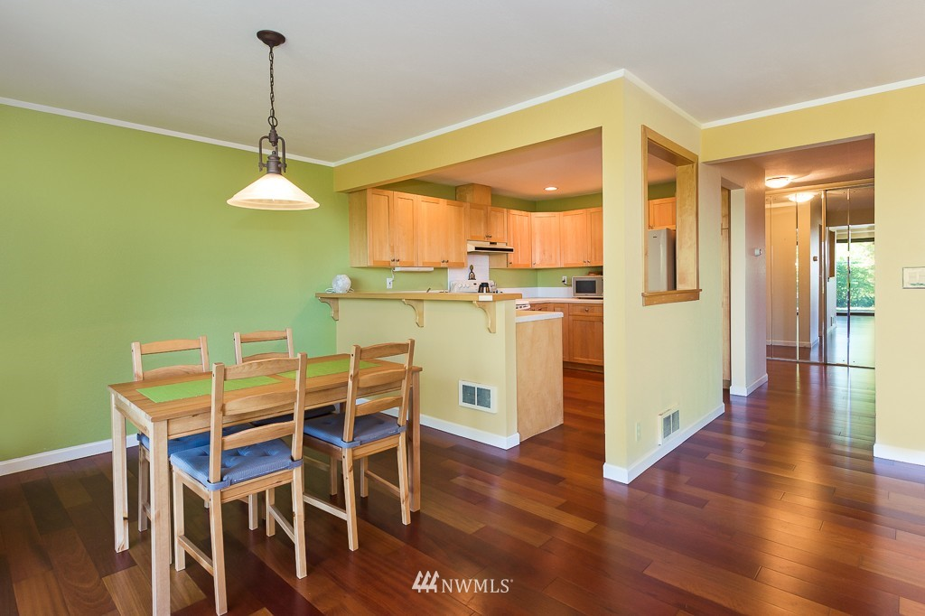 Sold Property | 1720 NE 179th Street #B-103 Shoreline, WA 98155 5
