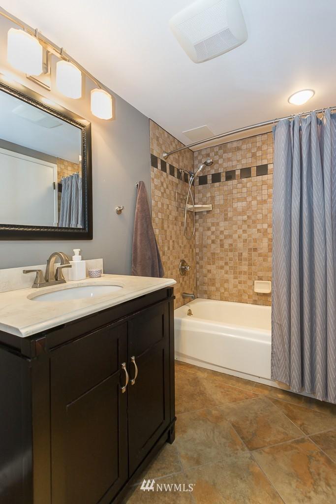 Sold Property | 1720 NE 179th Street #B-103 Shoreline, WA 98155 11