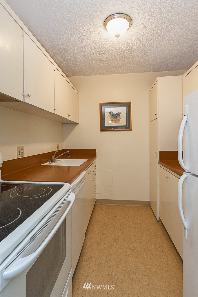 Sold Property | 308 E Republican Street #901 Seattle, WA 98102 6