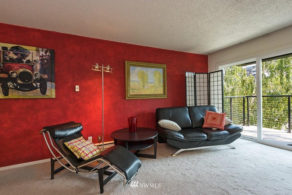 Sold Property | 308 E Republican Street #813 Seattle, WA 98102 3