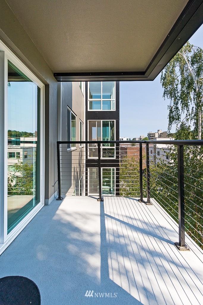 Sold Property | 308 E Republican Street #813 Seattle, WA 98102 12