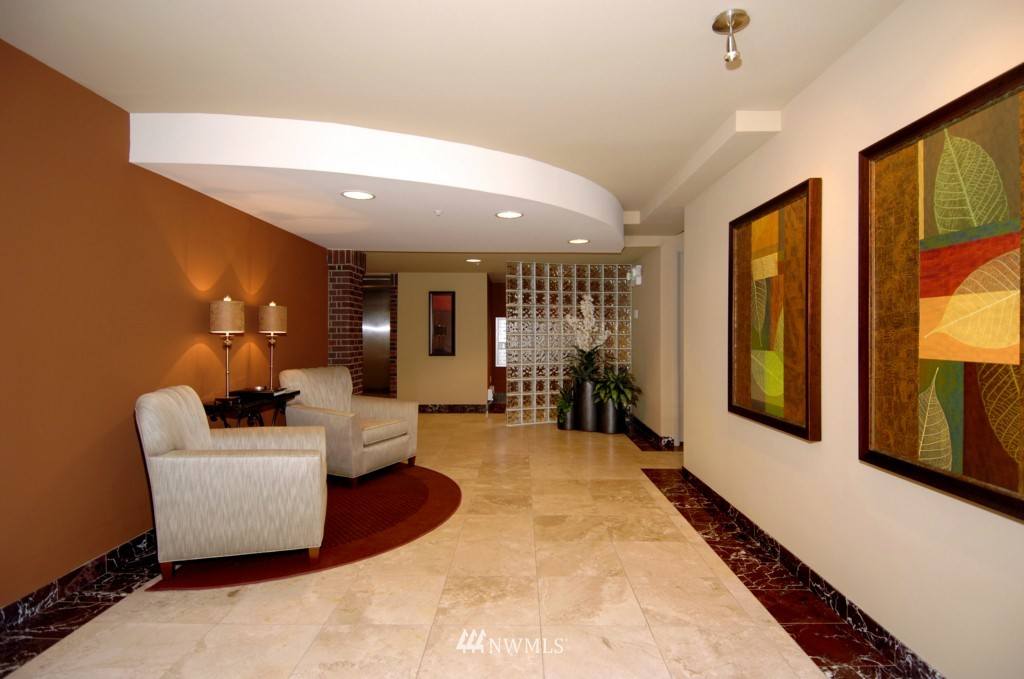 Sold Property | 124 Bellevue Avenue E #700 Seattle, WA 98102 2