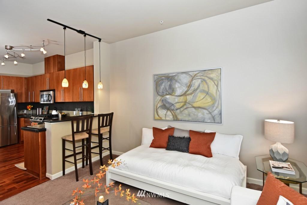 Sold Property | 124 Bellevue Avenue E #700 Seattle, WA 98102 7