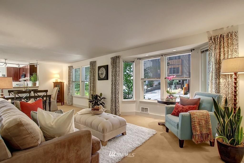 Sold Property | 209 N 39th Street #101 Seattle, WA 98103 1