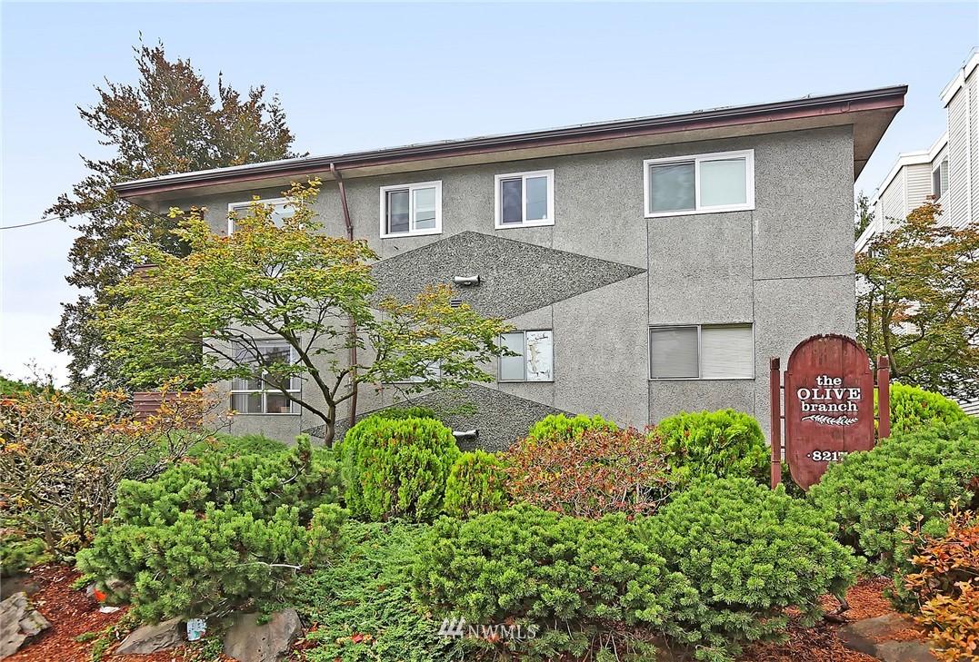 Sold Property   8217 5th Avenue NE #202 Seattle, WA 98115 0