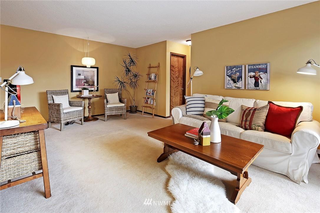 Sold Property   8217 5th Avenue NE #202 Seattle, WA 98115 1