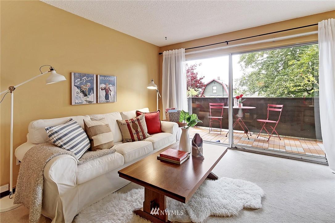 Sold Property   8217 5th Avenue NE #202 Seattle, WA 98115 2