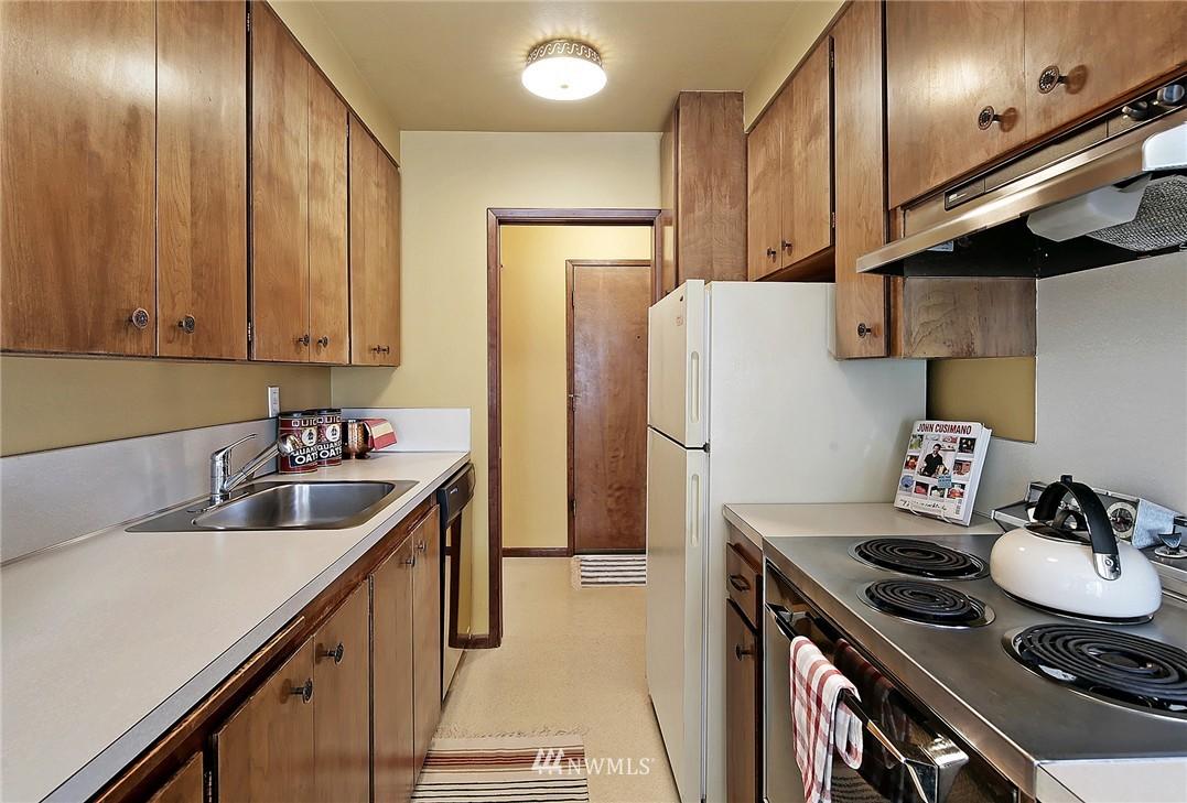 Sold Property   8217 5th Avenue NE #202 Seattle, WA 98115 8