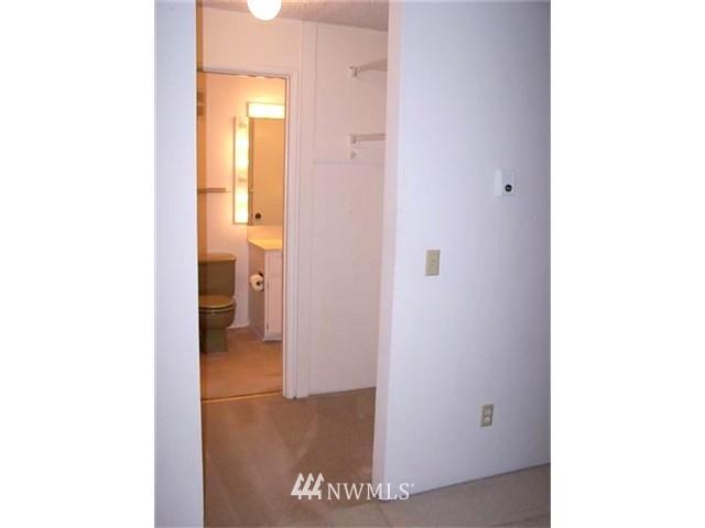 Sold Property | 6263 137th Place NE #230 Redmond, WA 98052 5