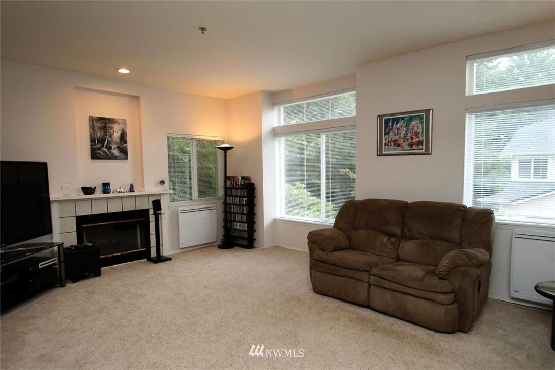 Sold Property | 12430 NE 7th Place Bellevue, WA 98005 2