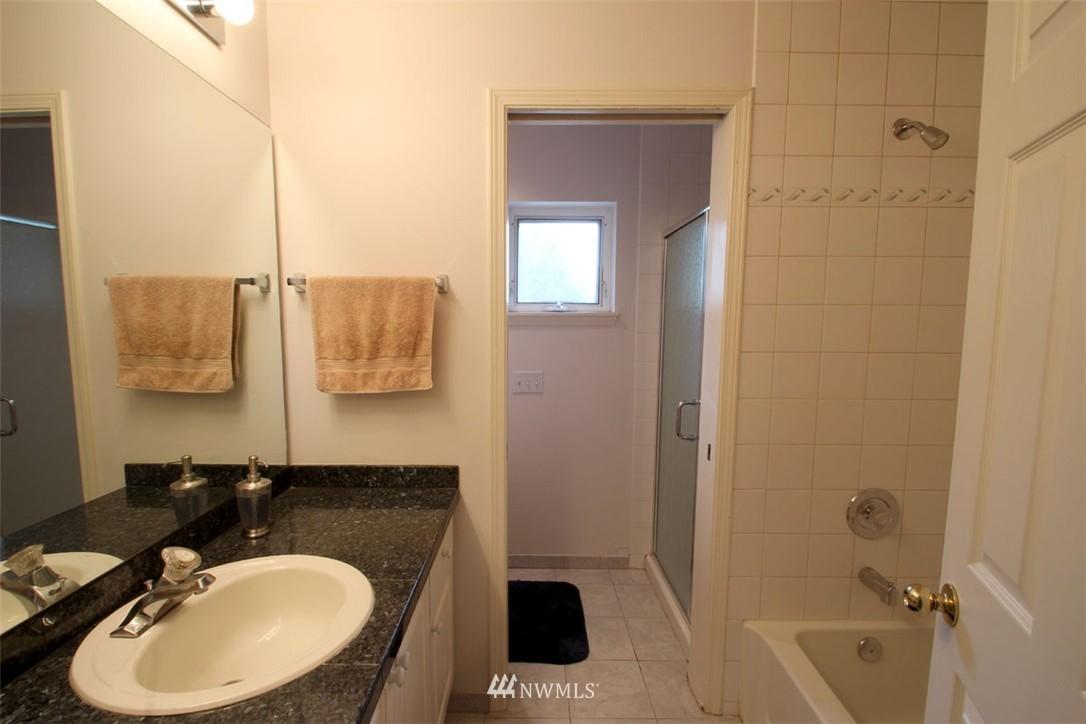 Sold Property | 12430 NE 7th Place Bellevue, WA 98005 10